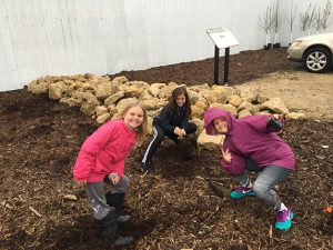 5th Graders by Rain Garden